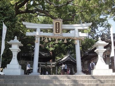 事任八幡宮 (1).JPG